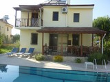 detached private  villa  wit  large pool sleeps  9