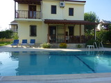 Detached private villa with large pool
