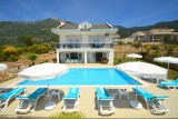 OUTSTANDING Orka Heights Villa A with Free wifi and sky TV